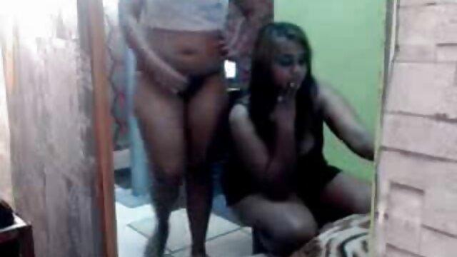 Nena latina caliente mejor porno gratis hd juega con su coño mojado en pantimedias negras de nailon