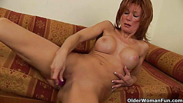 Abuelita prostituta alemana hace que el gordo peludo se corra ver xxx hd dos veces (POV)