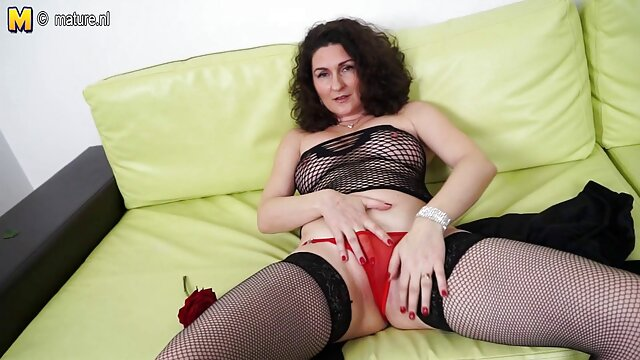 Tirarse pedos en descargar videos hd porno gratis la cama