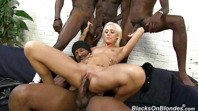 Madura Sheila Marie es utilizada por video hd petardas cinco hombres