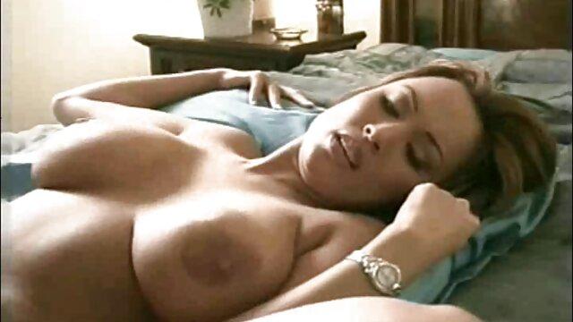 Princesa de 19 años follada, abofeteada videos porno en español hd gratis y facializada por un viejo gordo