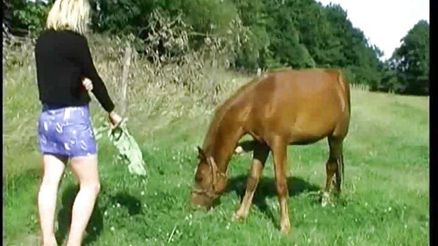 Cindy Starfall toma videos prono hd la prueba de handjob