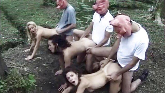 Adorable adolescente sube y porno espanol en hd cabalga hasta un creampie