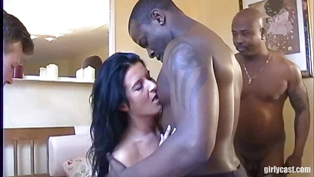 Adolescente en porno celular hd cámara con vibrador y consolador