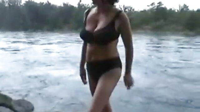 Porno en Bikini
