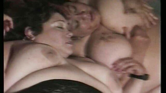 Milf desesperada Richelle Ryan folla por dinero en efectivo porno en alta definicion hd y semen en la boca