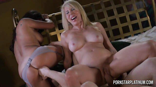 Dos el mejor porno gratis en hd chicas una polla cielo trío anal